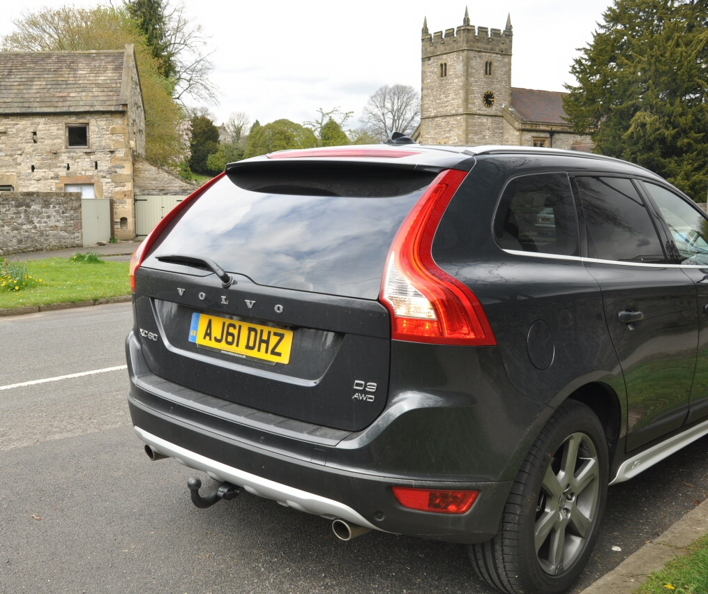 2012 Volvo XC60 D3 SE LUX Geartronic AWD 163bhp road test review Oliver Hammond SimonsCarSpots-com - rear photo 02