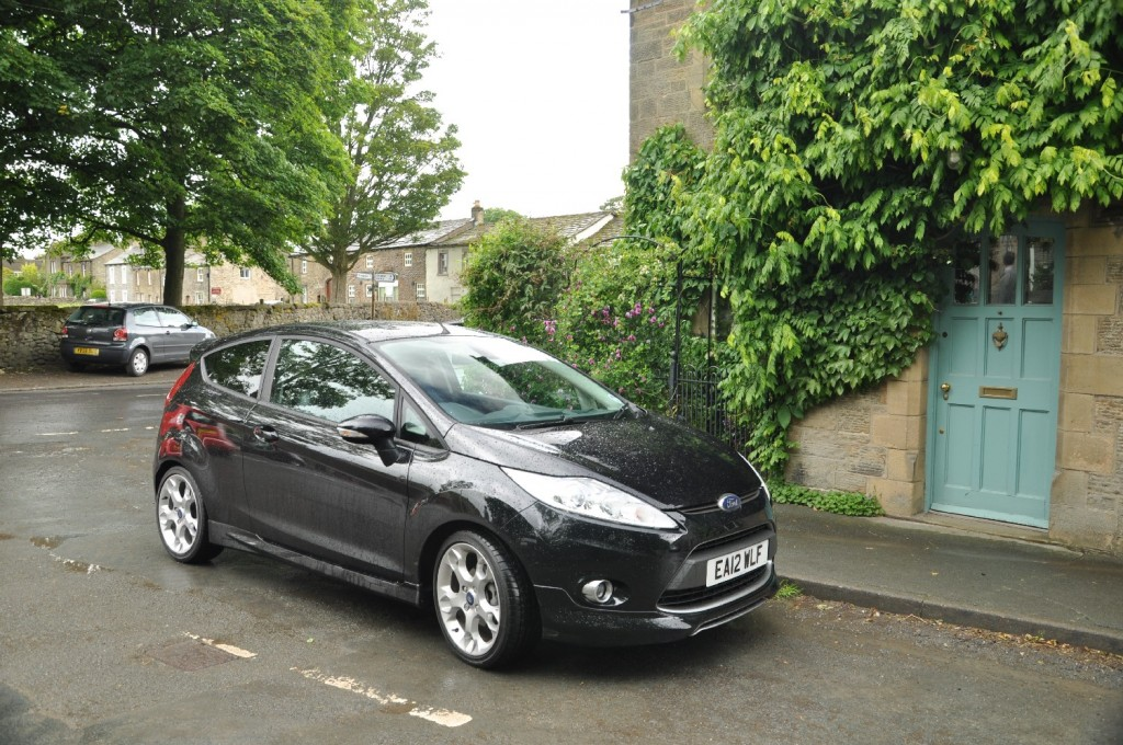 Ford Fiesta Metal 1-6 TiVCT Duratec 134PS Road Test Review by Oliver Hammond - Gargrave 04