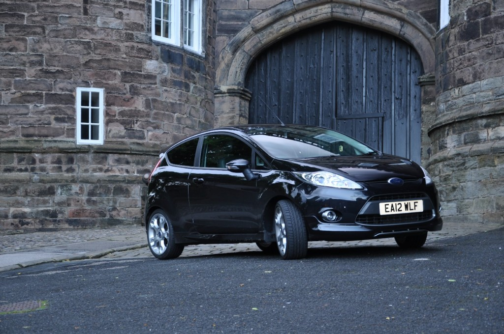 Ford Fiesta Metal 1-6 TiVCT Duratec 134PS Road Test Review by Oliver Hammond - Skipton castle 02