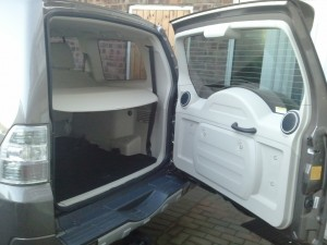 MY 2012 Mitsubishi Shogun LWB SG4 Road Test Review by Oliver Hammond - boot tailgate capacity
