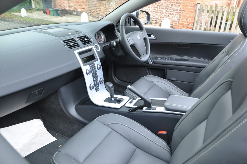 Volvo C70 D3 150PS Geartronic SE Lux Solstice road test review by Oliver Hammond - Ashley Cheshire photo centre dash photo