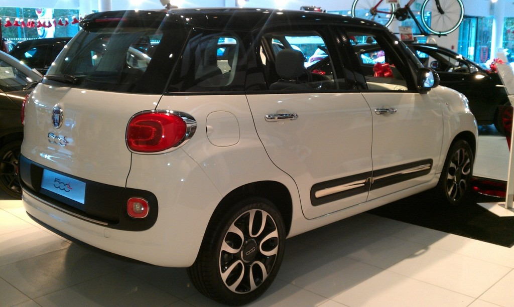 Fiat 500L car launch - My Car Coach - Side