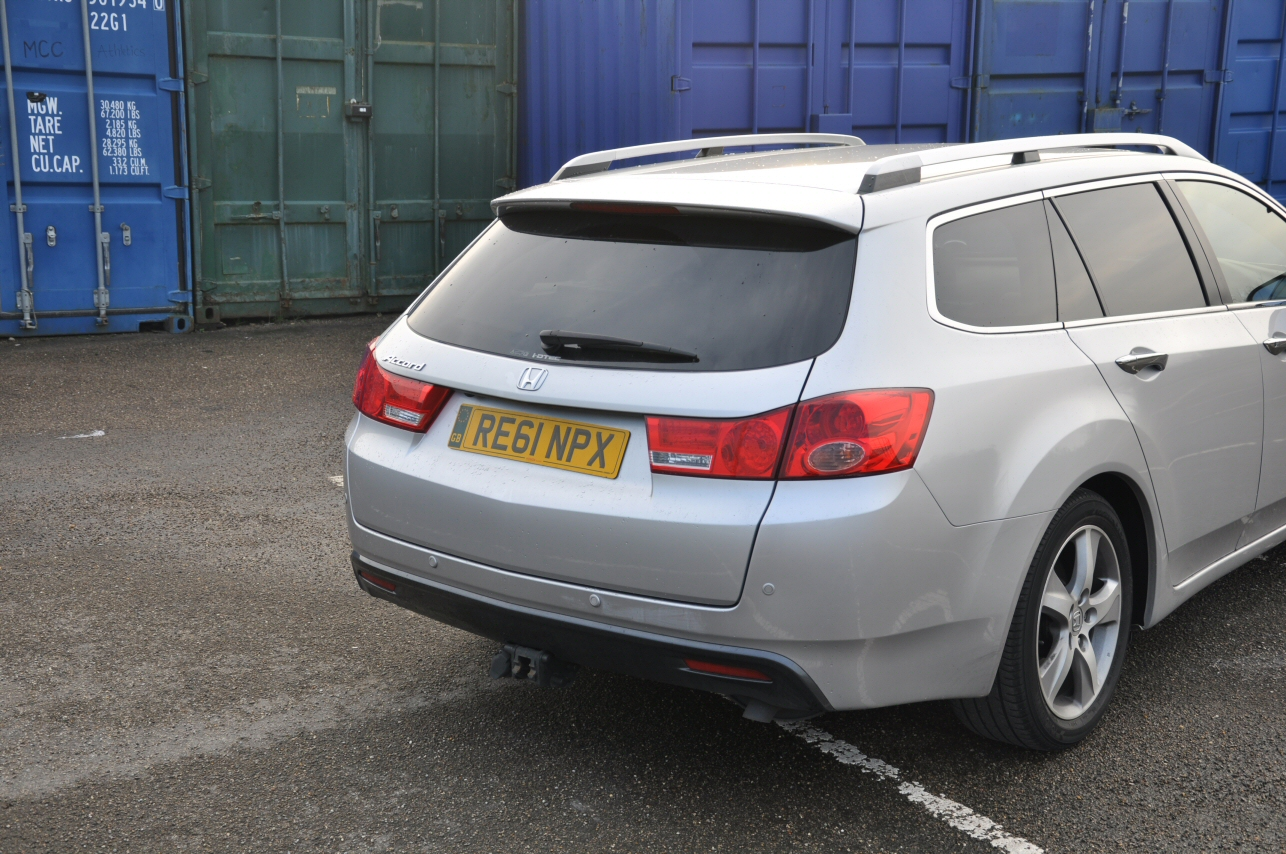 Honda Accord Tourer 2-2 i-DTEC EX Automatic road test review by Oliver Hammond - photo - Manchester City Stadium Eastlands 4