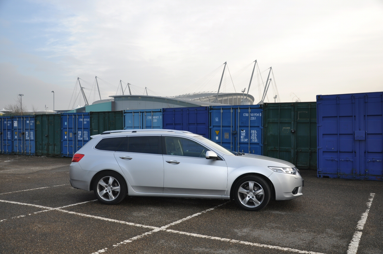 Honda Accord Tourer 2-2 i-DTEC EX Automatic road test review by Oliver Hammond - photo - Manchester City Stadium Eastlands