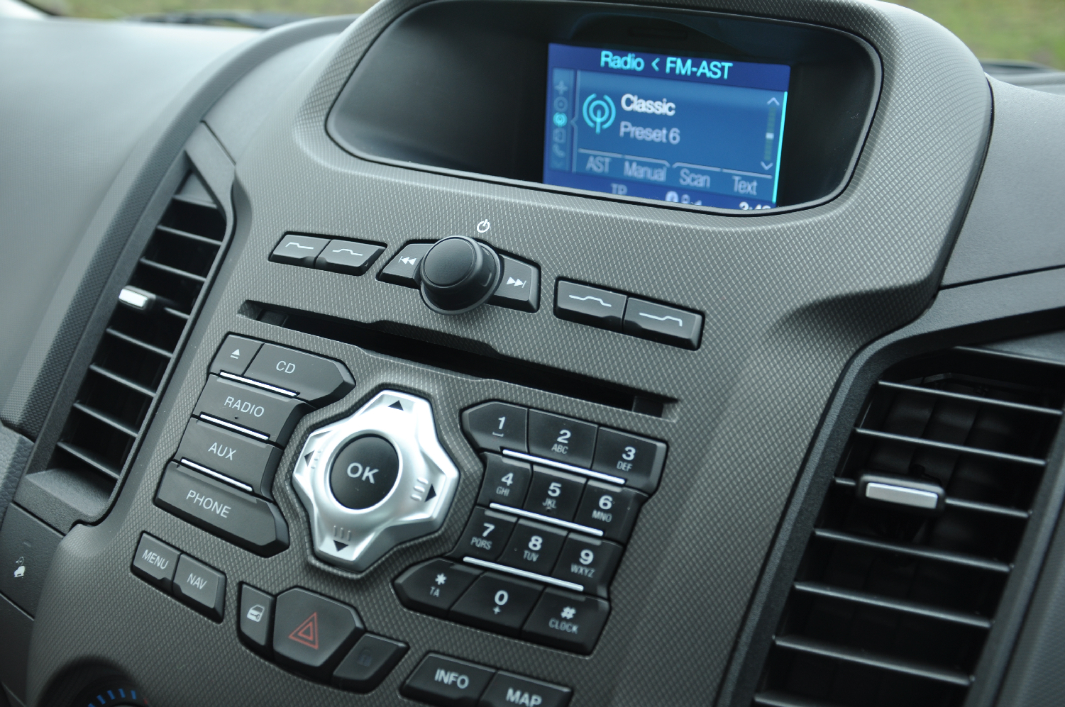 2012 Ford Ranger Wildtrak 3-2 diesel automatic road test review by Oliver Hammond photo - audio Bluetooth