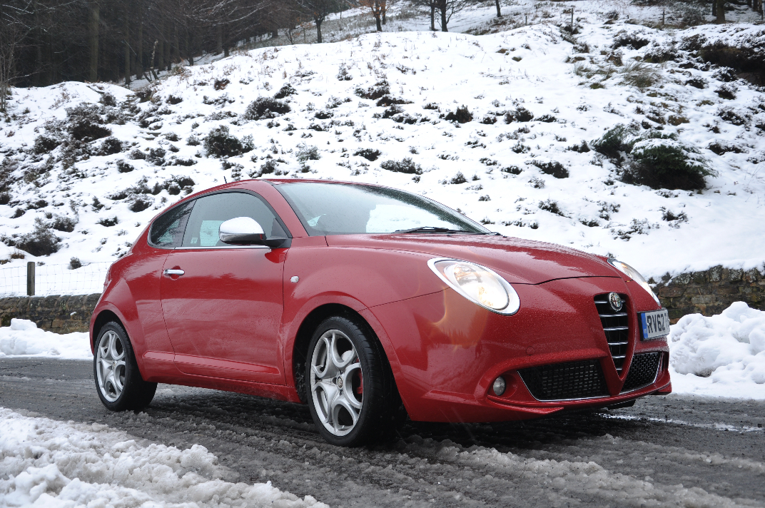 Alfa Romeo MiTo MultiAir Distinctive 1-4 Petrol 135BHP TCT road test review by Oliver Hammond - photo front 34