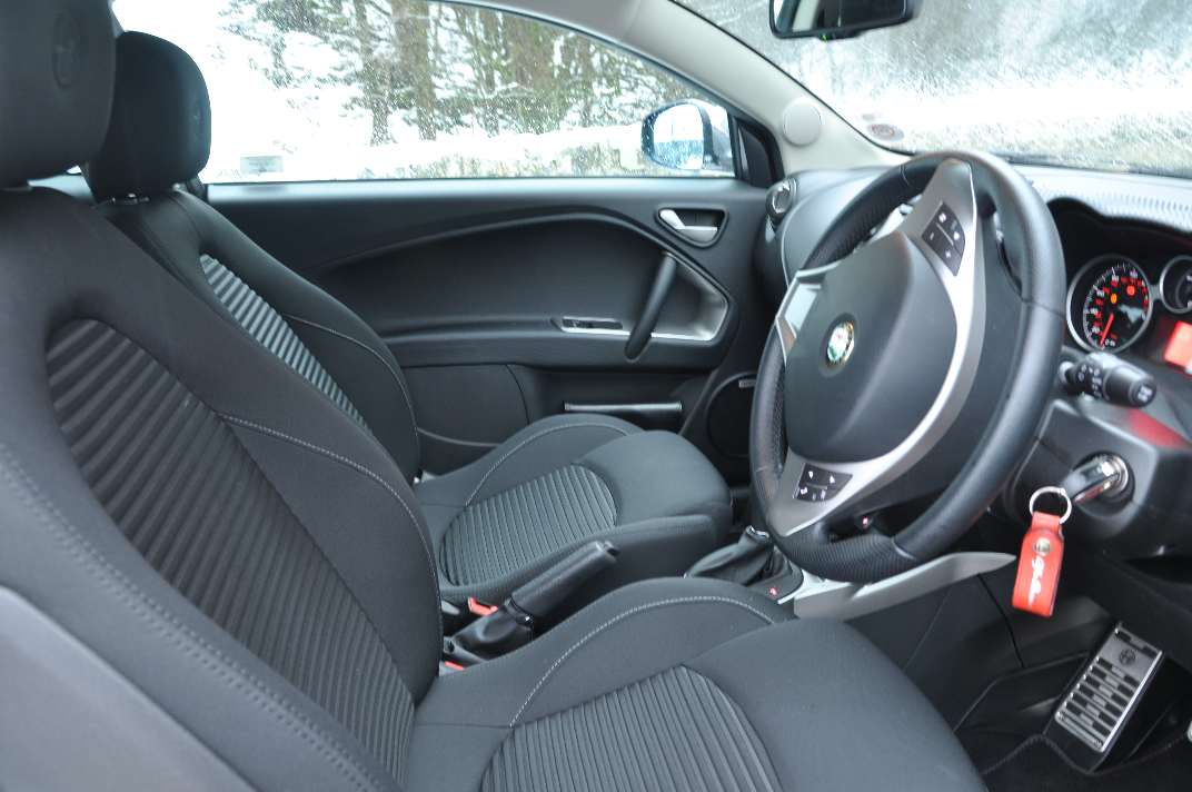 Alfa Romeo MiTo MultiAir Distinctive 1-4 Petrol 135BHP TCT road test review by Oliver Hammond - photo front interior dashboard