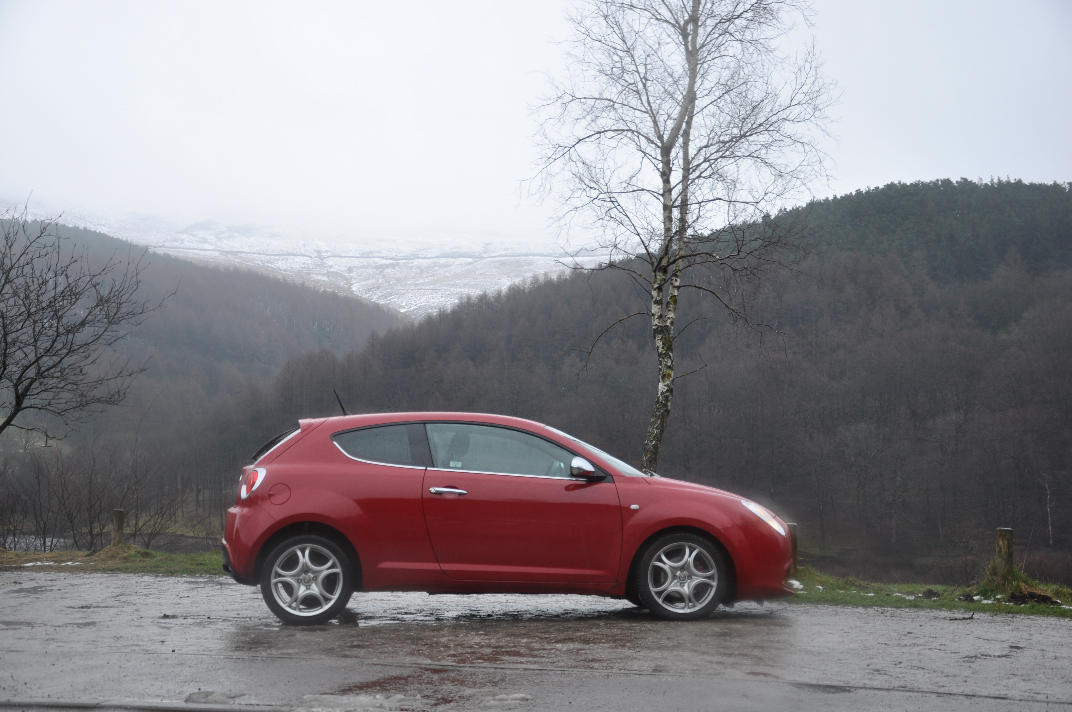 Alfa Romeo MiTo MultiAir Distinctive 1-4 Petrol 135BHP TCT road test review by Oliver Hammond - photo side 2