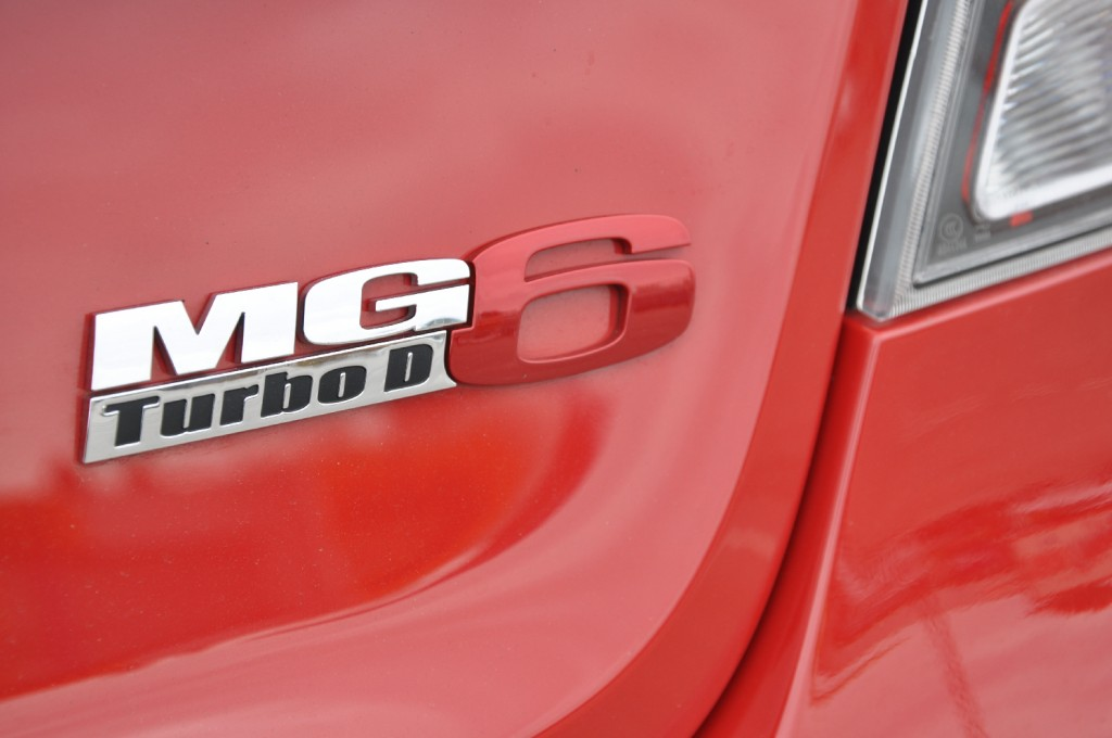 MG6 GT DTi-TECH SE road test review by Oliver Hammond - photo - boot badge